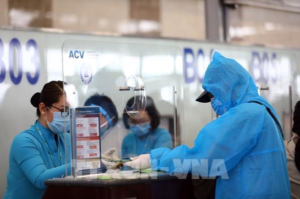 COVID-19: Đảm bảo quy trình hoạt động, khai thác liên tục tại sân bay quốc tế Nội Bài