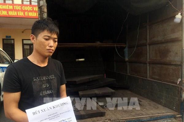 Lạng Sơn bắt đối tượng trộm cắp nắp cống thoát nước trên đường cao tốc