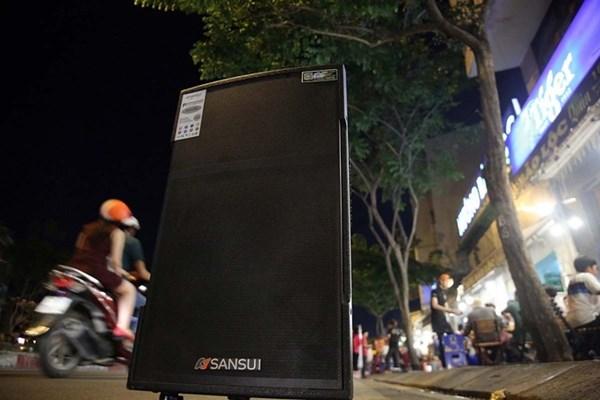 Chủ tịch UBND TP. HCM yêu cầu xử lý tiếng ồn karaoke tự phát