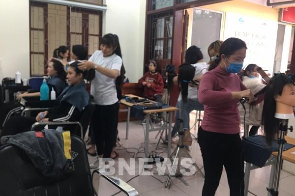 Thanh Hóa tạo điều kiện cho phụ nữ khó khăn học nghề