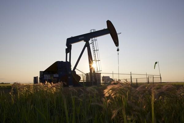 Giá dầu thế giới tăng trong phiên 12/4