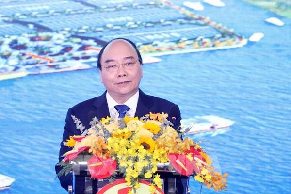 Thủ tướng Nguyễn Xuân Phúc: Long An cần chú trọng đến phát triển bền vững gắn với bảo vệ môi trường