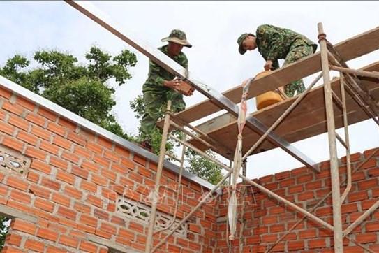 Trà Vinh hỗ trợ hộ nghèo vay vốn xây nhà ở