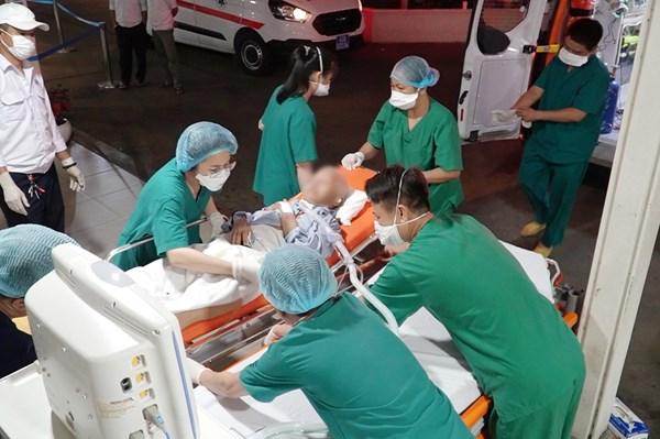 Việt Nam lần đầu tiếp nhận điều trị khẩn cấp nhân viên Liên hợp quốc mắc COVID-19