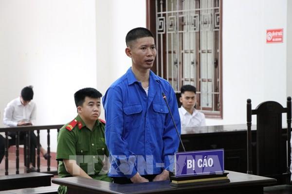 Dùng súng nhựa cướp ngân hàng lĩnh án 13 năm tù