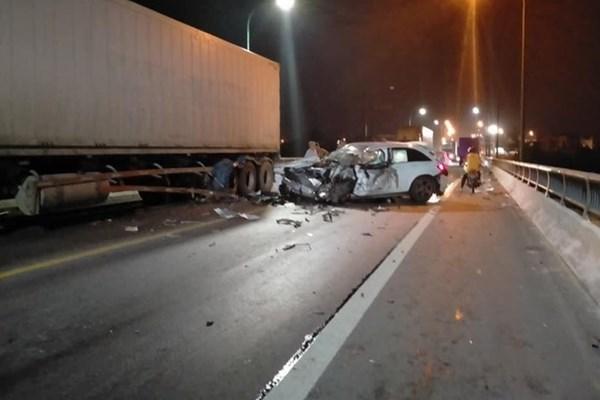 Tai nạn liên hoàn trên Quốc lộ 1A, 3 người thương vong