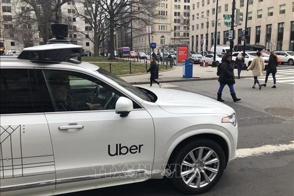 SoftBank bán 45 triệu cổ phiếu trong Uber