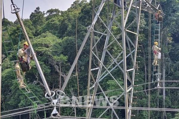 Chủ động các giải pháp vận hành an toàn lưới điện truyền tải