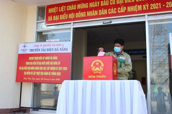 PTC2 tổ chức cho người lao động đang được cô lập tham gia bầu cử