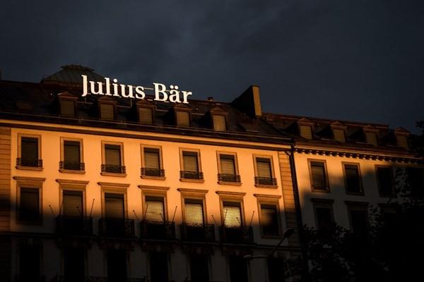 Ngân hàng Julius Baer thừa nhận rửa tiền hối lộ cho FIFA