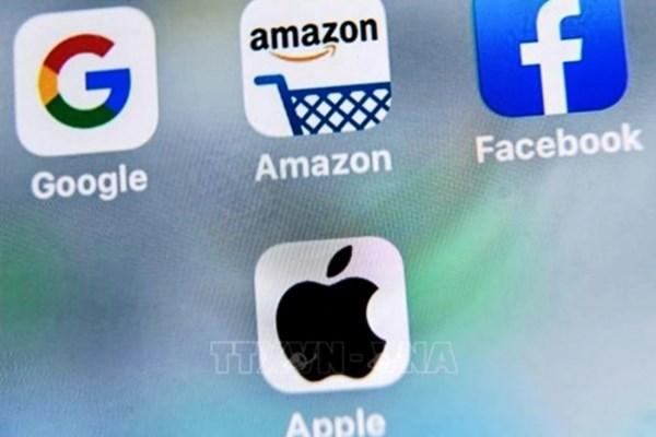 Amazon, Google đối mặt với cuộc điều tra về đánh giá giả mạo tại nước Anh