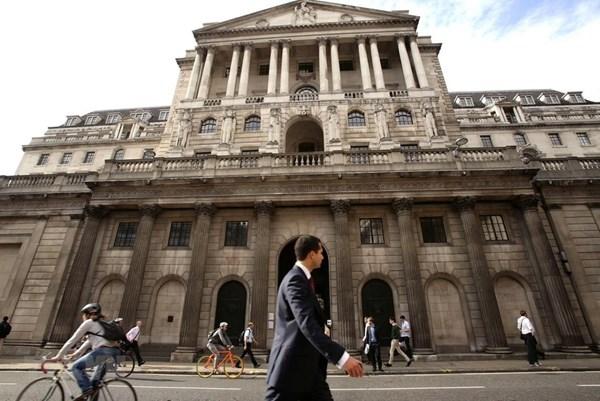 Giới chuyên gia dự báo Anh không nâng lãi suất trước năm 2023