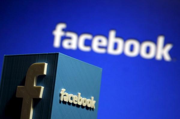 """Facebook kết hợp Ray-Ban ra mắt kính râm """"thông minh"""""""