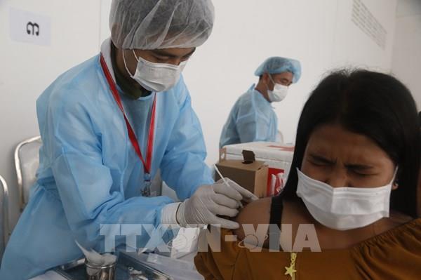 Campuchia ghi nhận gần 600 ca mắc mới COVID-19