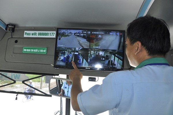 Kiến nghị Chính phủ lùi xử phạt xe khách, xe tải chưa lắp camera
