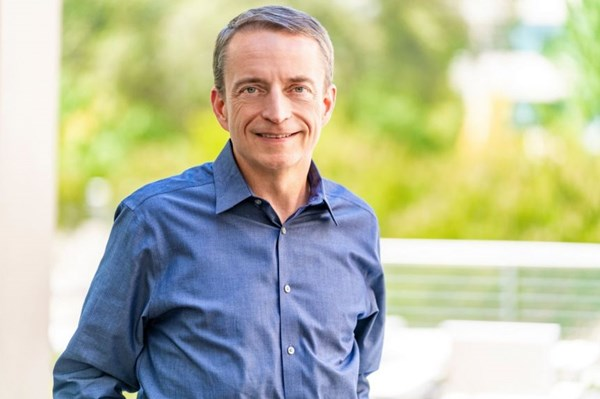 """CEO Intel: Ngành bán dẫn toàn cầu sẽ chứng kiến """"10 năm tăng trưởng tốt đẹp"""""""
