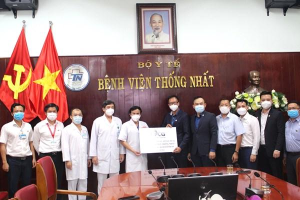 BCG hỗ trợ Bệnh viện Thống Nhất 2 tỷ đồng để phòng chống dịch COVID-19