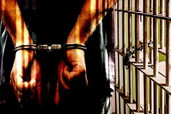 Bắt tạm giam trạm trưởng kiểm lâm nhận hối lộ của lâm tặc