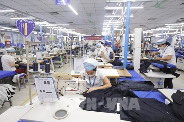 Dịch COVID-19: Làm gì để sản xuất công nghiệp sớm ổn định?