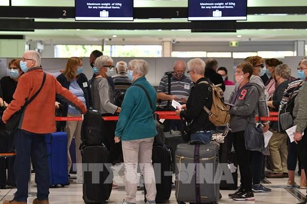Australia tạm dừng các chuyến bay không cách ly bắt buộc với New Zealand