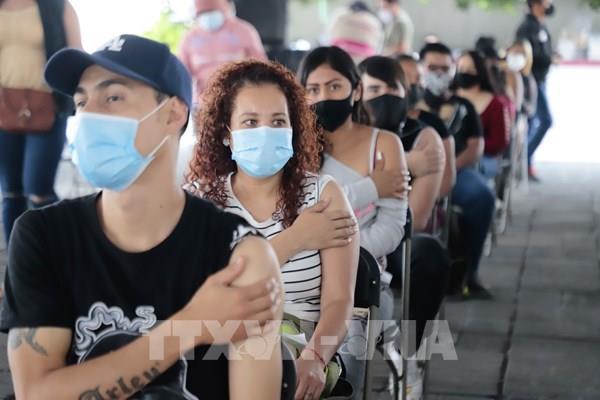 Mexico sáng tạo khẩu trang có khả năng tiêu diệt virus SARS-CoV-2