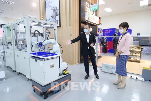 Epson ra mắt máy tái chế giấy PaperLab tùy chỉnh độ dày, kích thước và màu sắc