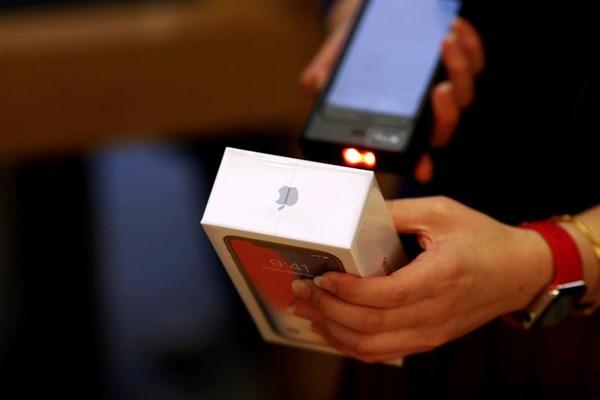Australia mở cuộc điều tra về hoạt động ví điện tử của iPhone