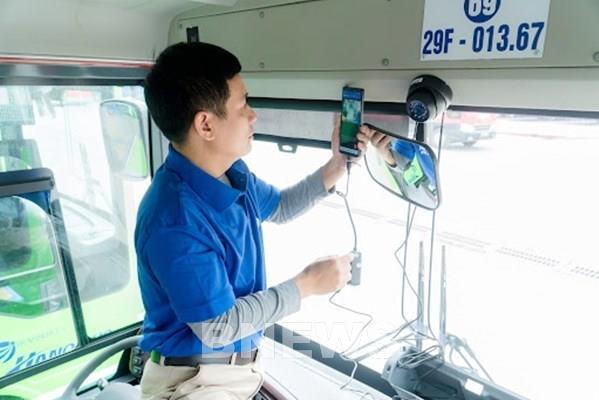 Lắp camera giám sát hành trình xe ô tô vận tải còn chờ quy chuẩn