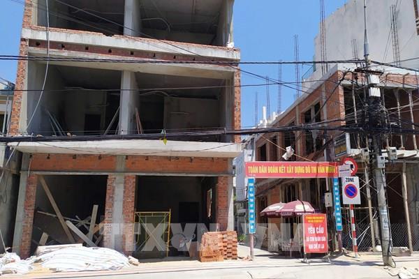 Bí thư Thành ủy Đà Nẵng yêu cầu kiểm tra việc cấp giấy đi đường cho công nhân xây dựng