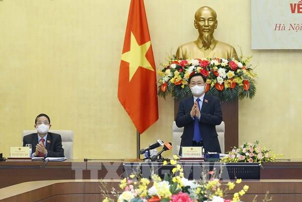 Chủ tịch Quốc hội Vương Đình Huệ chủ trì Tọa đàm tham vấn chuyên gia về kinh tế-xã hội
