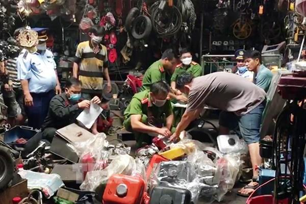 Phát hiện nhiều vụ hàng hóa không có chứng từ ở An Giang