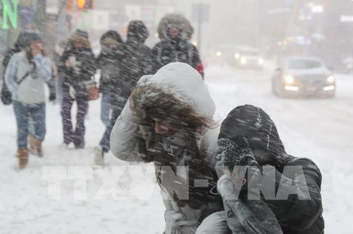 Nước Mỹ tiếp tục lạnh tê tái sau bão tuyết - hình 2