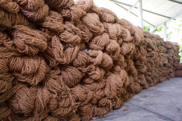 """Nghề dệt thảm xơ dừa trên quê hương """"Đồng Khởi"""" - hình 12"""