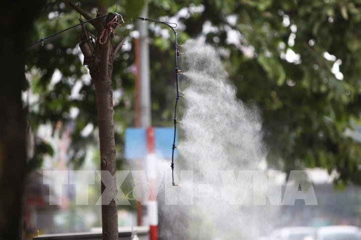 Hà Nội: Nắng nóng gay gắt từ đầu tuần - hình 5