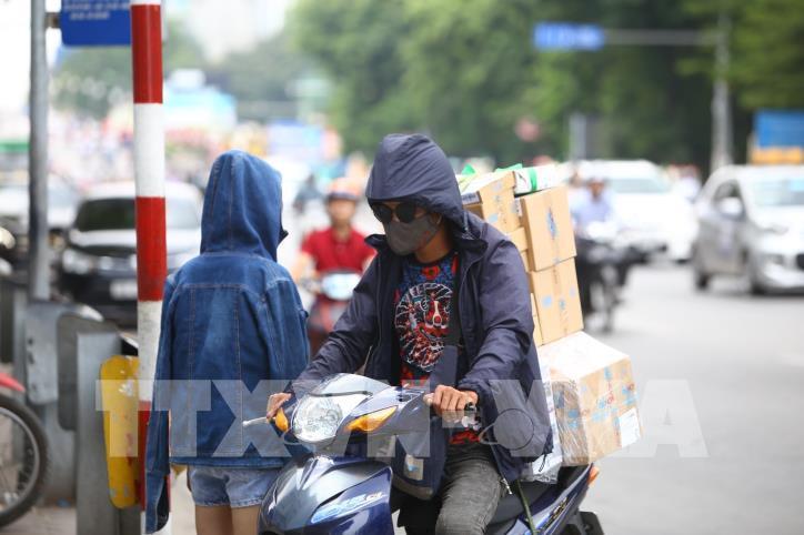 Hà Nội: Nắng nóng gay gắt từ đầu tuần - hình 6