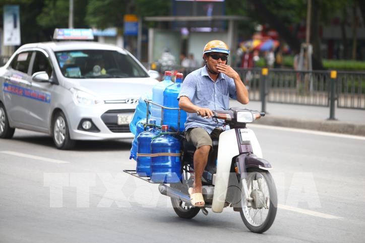 Hà Nội: Nắng nóng gay gắt từ đầu tuần - hình 7