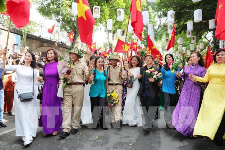 """Kỷ niệm 65 năm Ngày Giải phóng Thủ đô: Chương trình """"Ký ức Hà Nội - 65 năm"""" - hình 0"""