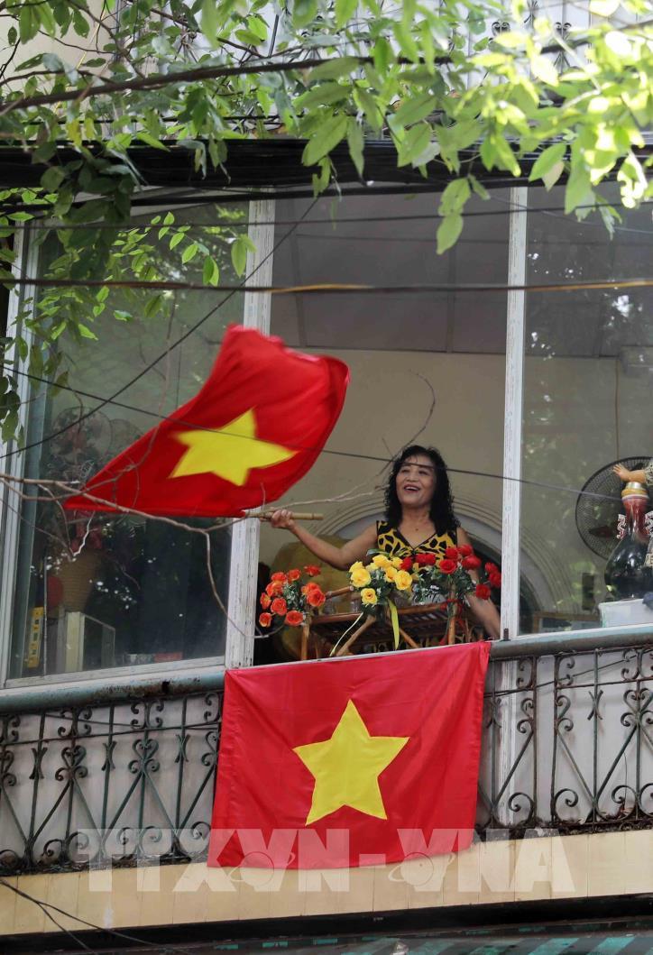 """Kỷ niệm 65 năm Ngày Giải phóng Thủ đô: Chương trình """"Ký ức Hà Nội - 65 năm"""" - hình 7"""
