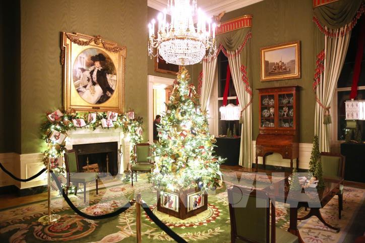 Nhà Trắng (Mỹ) trang hoàng chuẩn bị đón Giáng sinh 2019 - hình 0