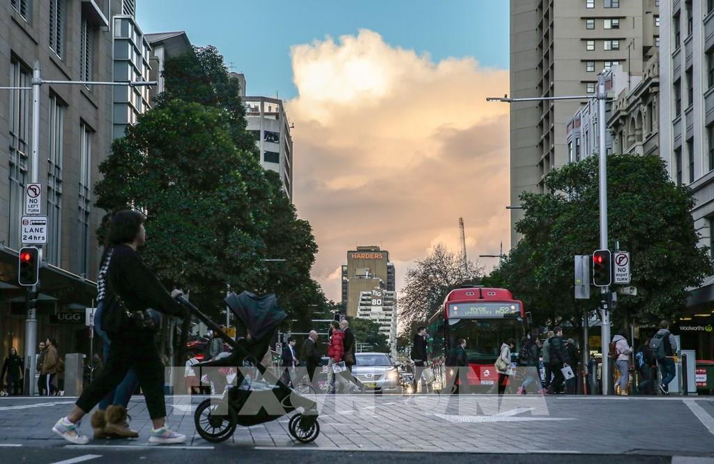 Các ổ dịch COVID-19 mới đe dọa sự phục hồi kinh tế Úc