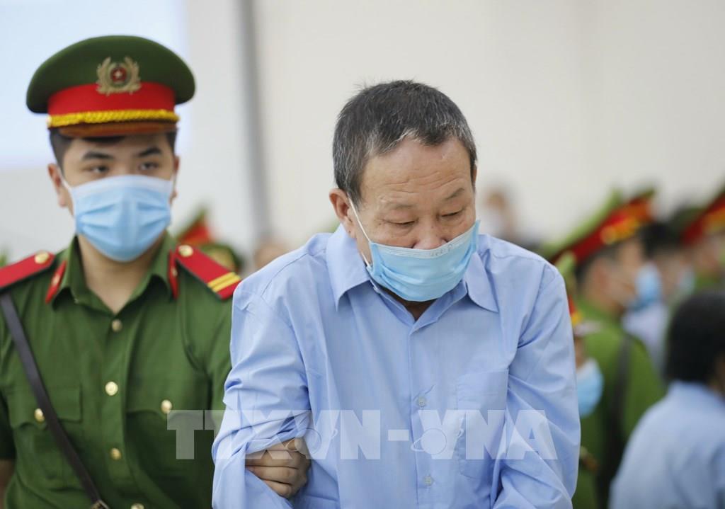 """Xét xử sơ thẩm vụ án """"Giết người"""" và """"Chống người thi hành công vụ"""" xảy ra ở xã Đồng Tâm"""