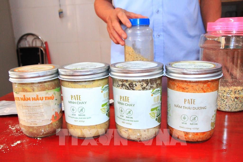 Hà Nội: Phát hiện nhiều cơ sở kinh doanh thực phẩm chay vi phạm quy định ATTP