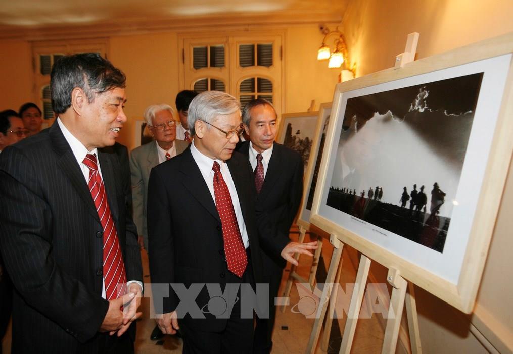 Tổng Bí thư, Chủ tịch nước gửi thư chúc mừng TTXVN nhân kỷ niệm 75 năm Ngày thành lập