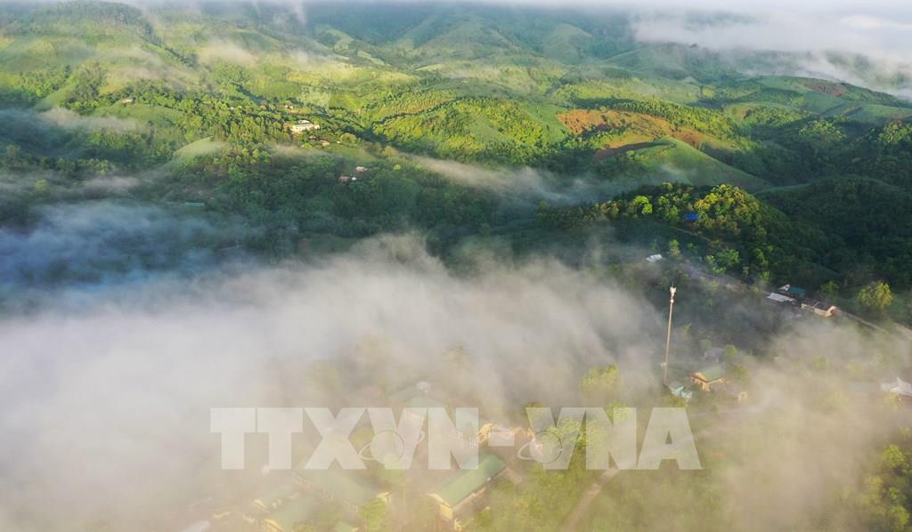 Bình minh trên những bản làng vùng cao Quảng Trị