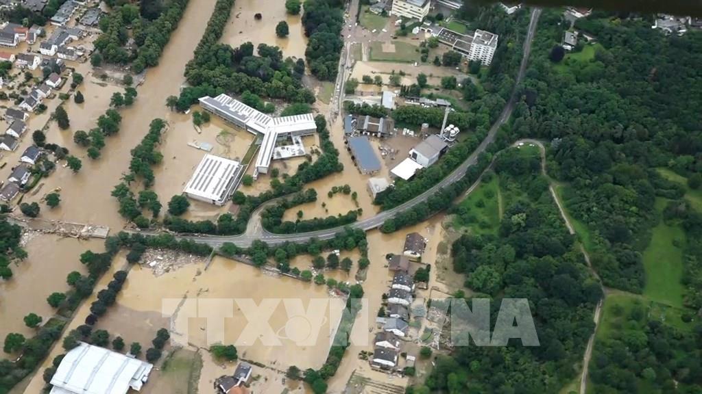 Đức tiêu tốn hàng tỷ euro để tái thiết đường sá sau thảm họa mưa lũ