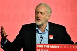 Bầu cử Anh: Thủ lĩnh Công đảng tuyên bố không từ chức