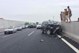 Tai nạn giao thông trên cao tốc Hà Nội-Hải Phòng làm 3 người thương vong