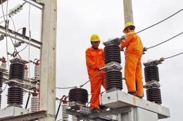 Thợ điện vùng núi: Niềm vui trong gian khó
