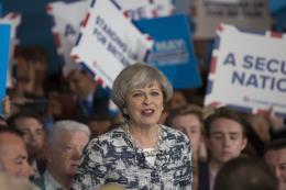 Citibank cảnh báo Anh sẽ phải tổ chức tổng tuyển cử trong năm tới