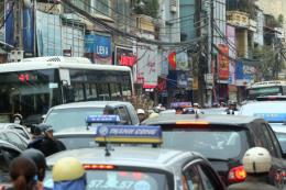 Cảnh giác hành vi dàn cảnh, cướp tài sản trên đường phố